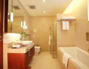 Fully furnished residences, including towels, bed linen, lamps etc. with Separate shower and bathtub